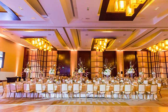 Rent up lights with free shipping nationwide for weddings and events amber uplighting solutioingenieria Gallery
