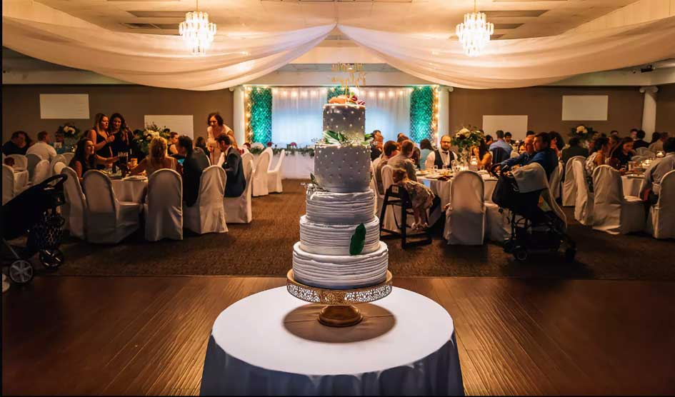 Cake spotlight rental